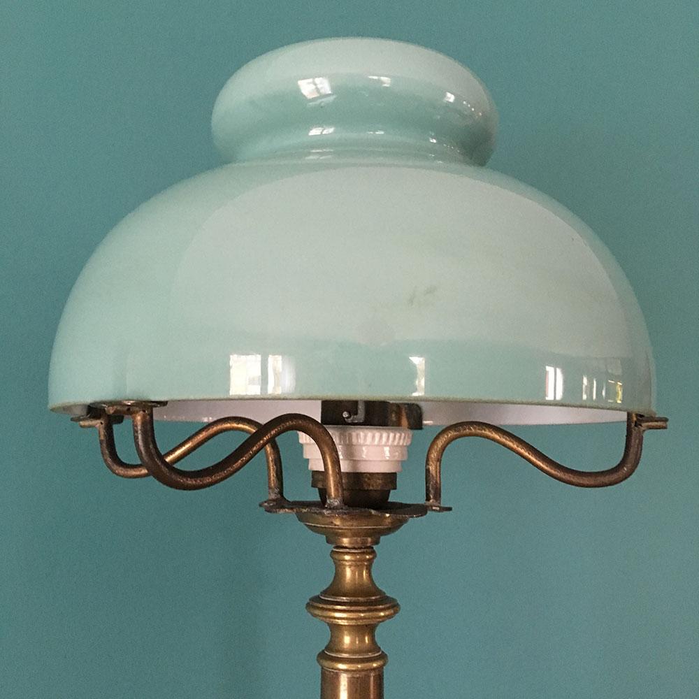 lampe ancienne bronze opaline verte