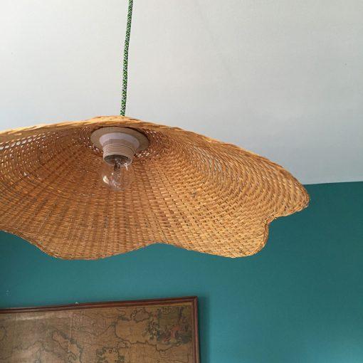 Luminaire ancien osier restauré