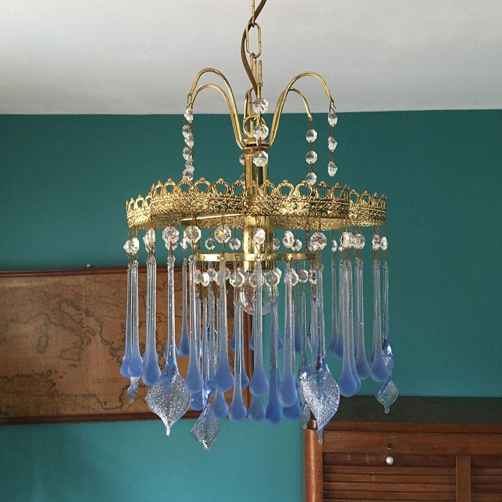 lustre vintage verre avec pampilles gouttes bleues. Black Bedroom Furniture Sets. Home Design Ideas