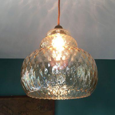 suspension-verre-vintage-allumée