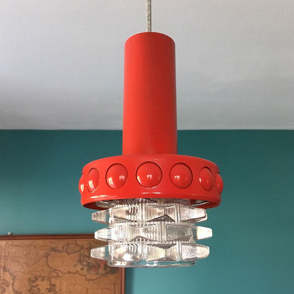 suspension salle de bains ovni millezime lampe vintage. Black Bedroom Furniture Sets. Home Design Ideas