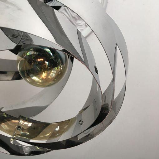 suspension bandes métales
