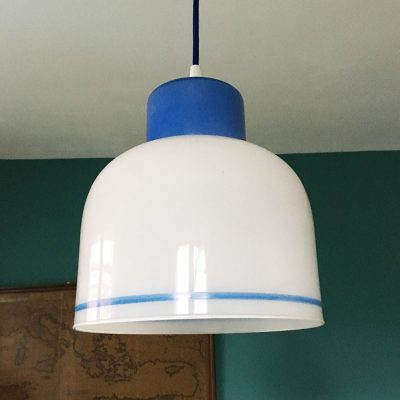 suspension-opaline-blanc-bleu