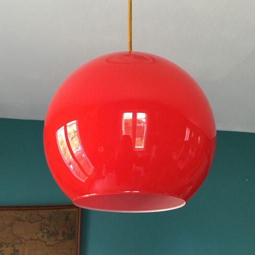 suspension-boule-opline-rouge